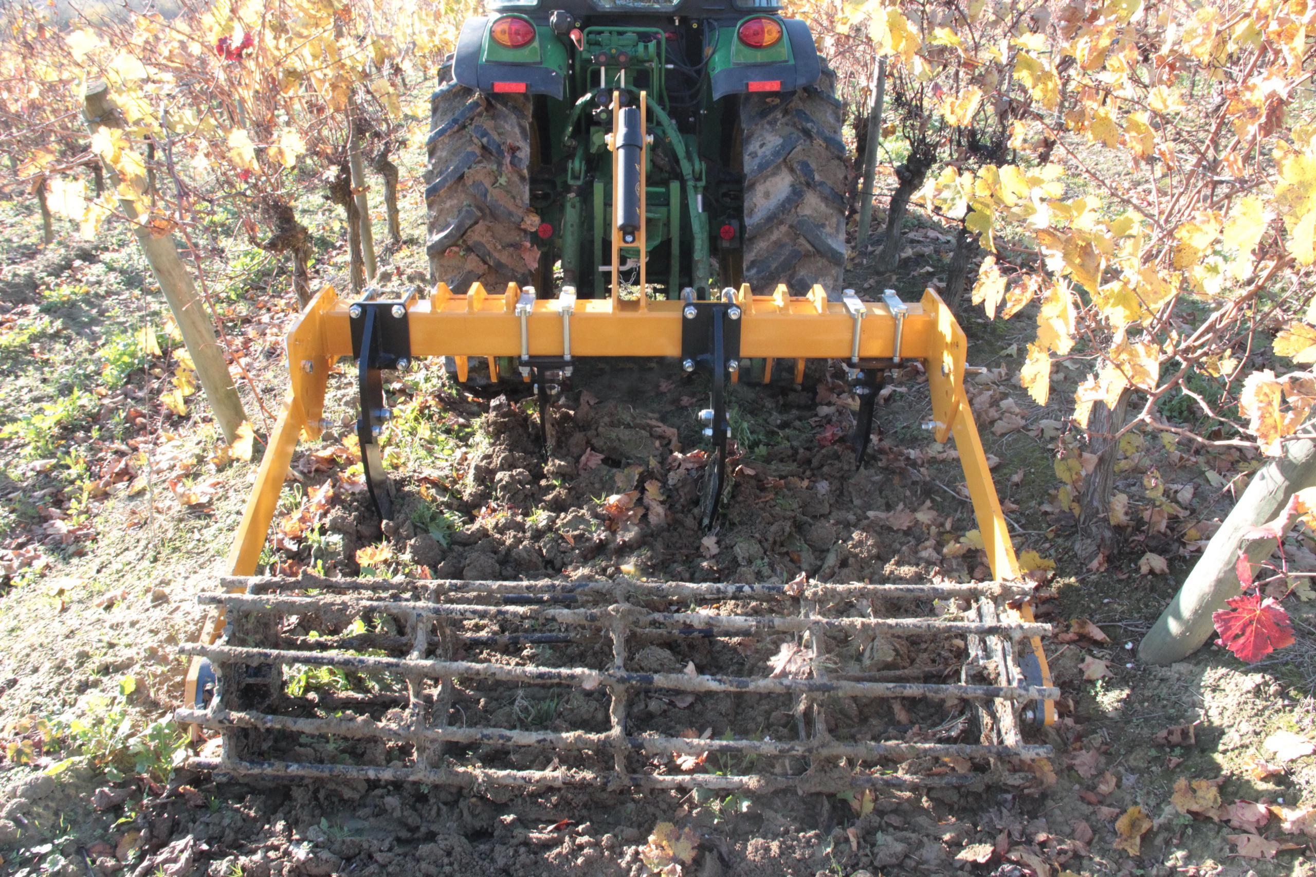 une-gamme-dediee-au-travail-du-sol-en-vigne-pour-agrisem